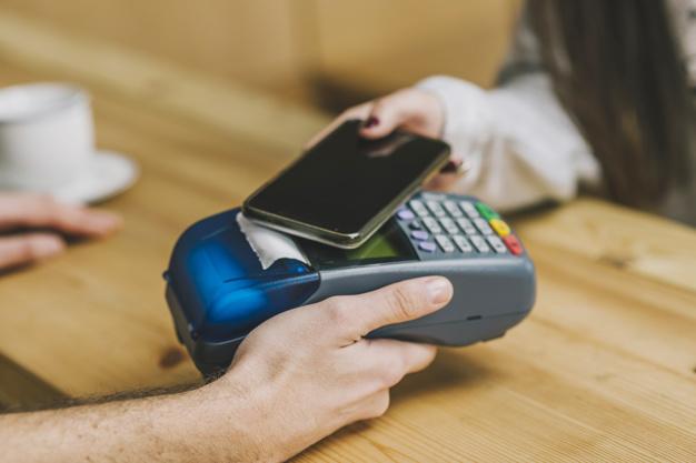 Mobilní platby v roce 2020 dosáhnou 15% podílu bezkontaktních plateb